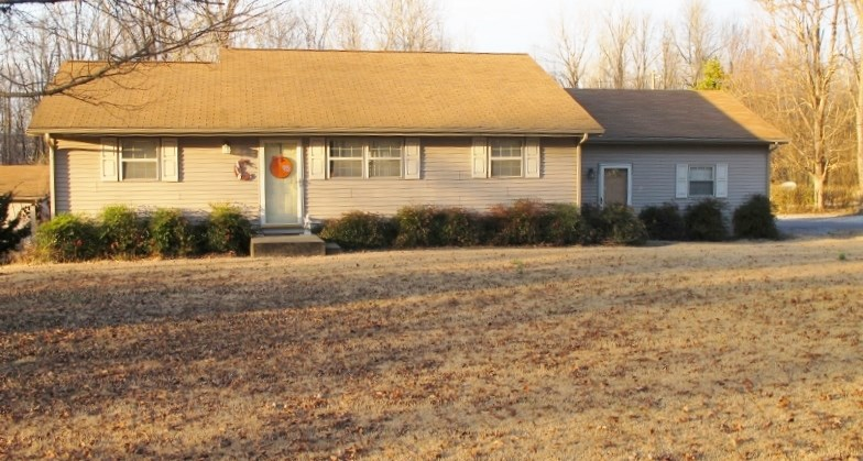 Photo of 416 VALLEY RD  Grand Rivers  KY