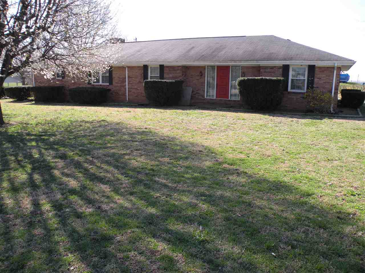Photo of 312 Vanhooser Drive  Princeton  KY