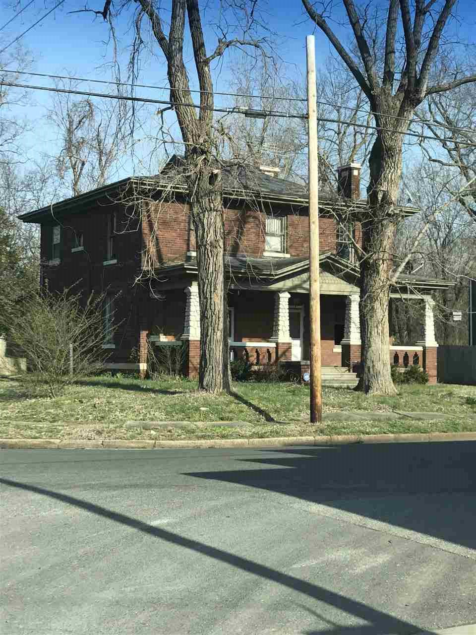 Photo of 1100 Mallory St  Paducah  KY