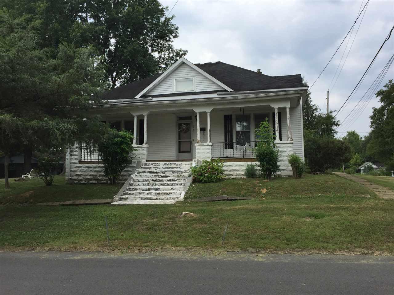 Photo of 209 Franklin St  Dawson Springs  KY