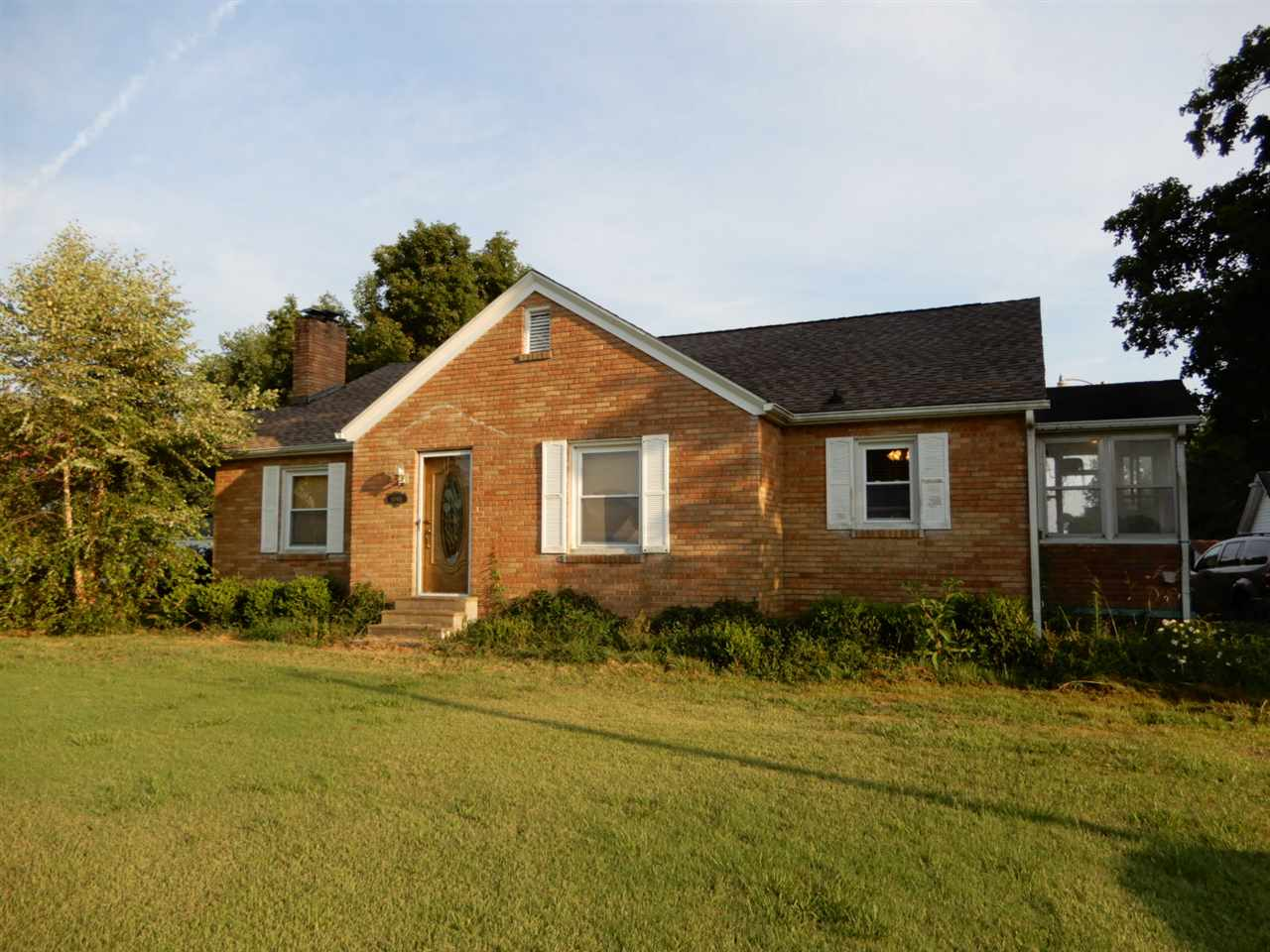 Photo of 10981 Wickliffe Rd  LaCenter  KY