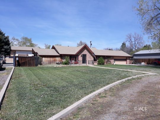 2201 Teller St, Edgewater in Jefferson County, CO 80214 Home for Sale