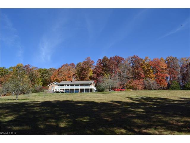 3035 Charleys Creek Rd, Tuckasegee, NC 28783