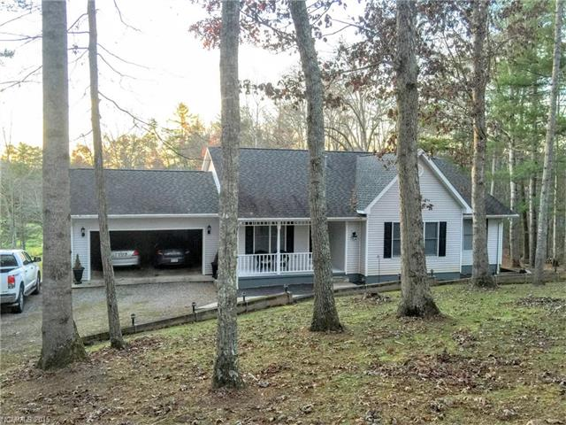 877 Mountain Haven Dr, Mars Hill, NC 28754
