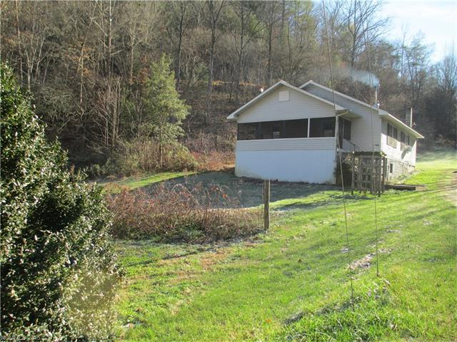 6630 Bear Creek Rd, Marshall, NC 28753