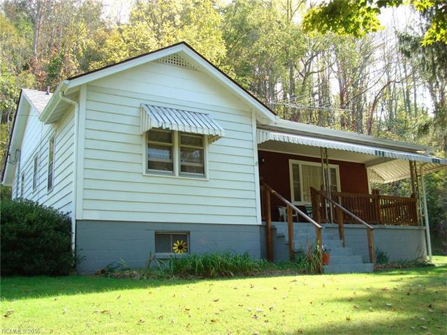 3072 Grapevine Rd, Marshall, NC 28753