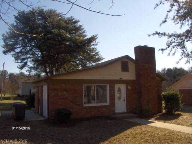 1103 Mclaughlin St, Statesville, NC 28677