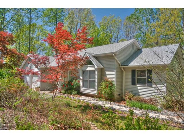 81 Carpenters Ln, Tryon, NC 28782
