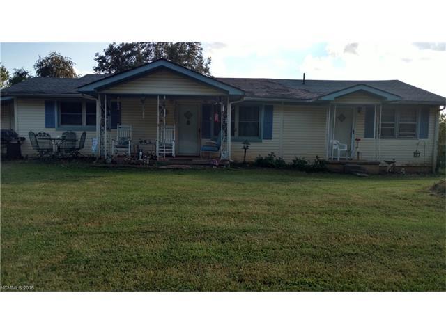 2784 Pea Ridge Rd, Mill Spring, NC 28756