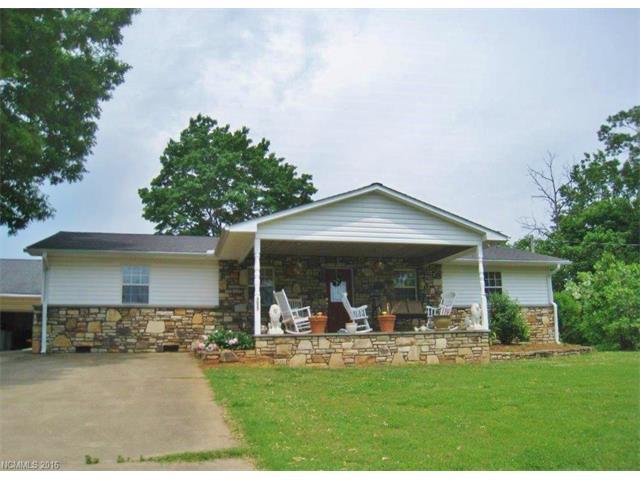2627 Pea Ridge Rd, Mill Spring, NC 28756