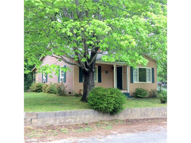 59 Beaver St, Tryon, NC 28782