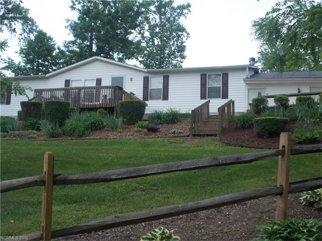 136 Peaceful Valley Dr, Leicester, NC 28748
