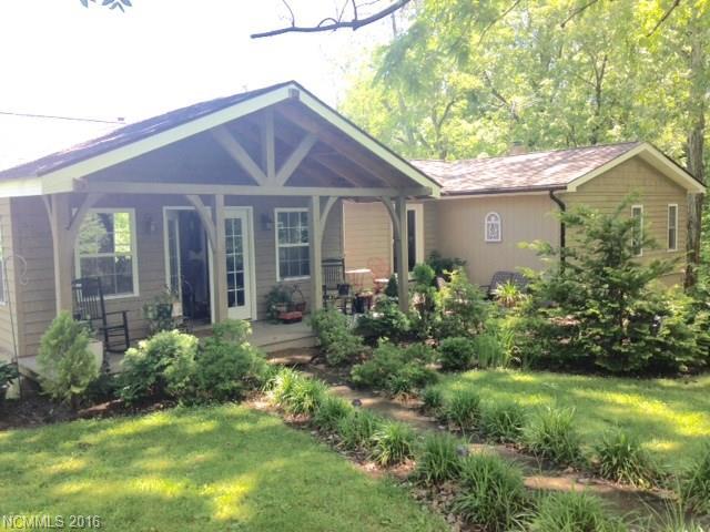 1390 Country Club Rd, Tryon, NC 28782