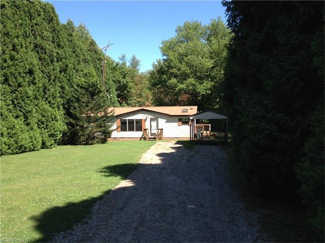 Photo of 35 Weinwood Lane  Saluda  NC