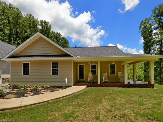 491 White Oak Flats Rd, Green Mountain, NC 28740
