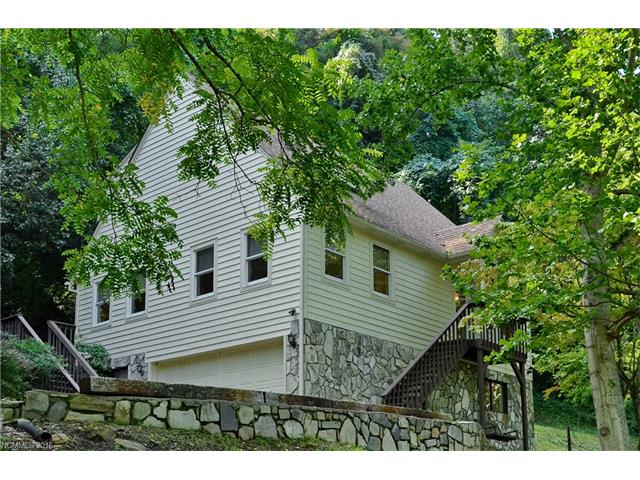 88 Falling Spring Rd, Clyde, NC 28721