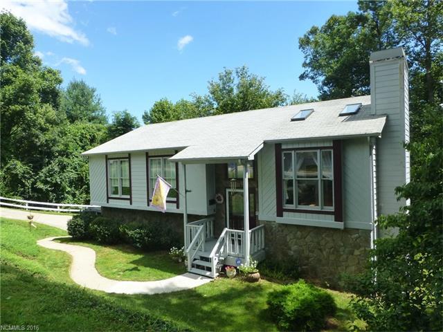 19 Pine Ridge Trl, Arden, NC 28704