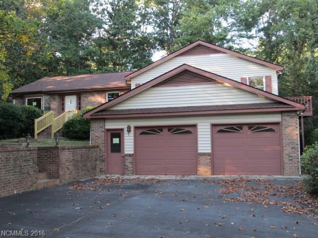 Photo of 106 Dogwood Trail  Hendersonville  NC
