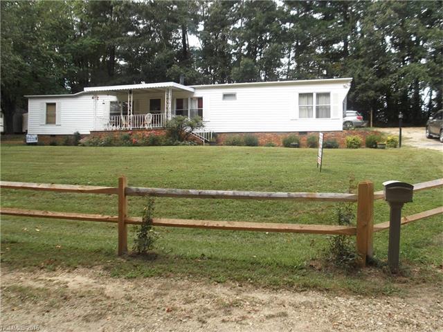 Photo of 123 Lynnwood Lane  Hendersonville  NC