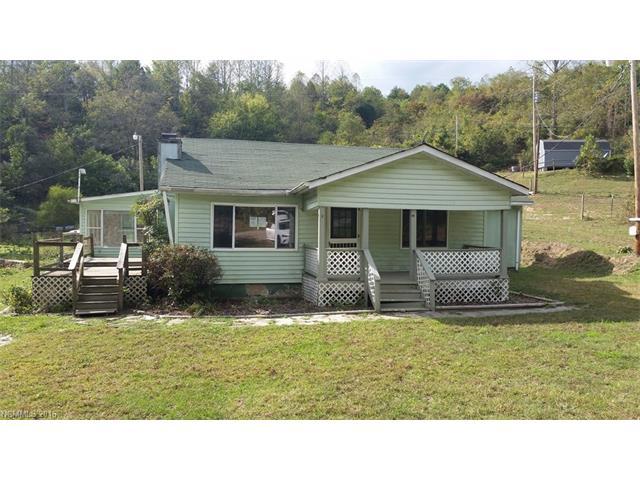 24 Rose Garden Lane Rd, Marshall, NC 28753