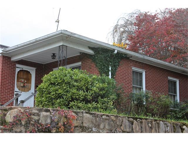 7 Mountainview Dr, Canton, NC 28716