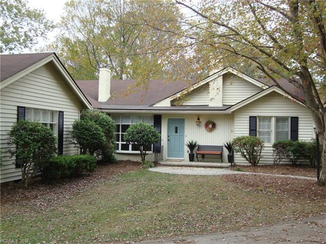 Photo of 513 Higate Road  Hendersonville  NC