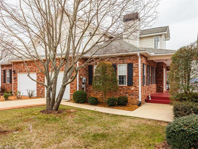 Photo of 608 Carriage Commons Drive  Hendersonville  NC