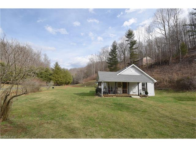 Photo of 1414 Hwy 261 Highway  Bakersville  NC