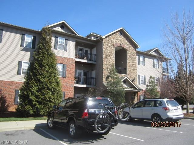 Photo of 636 Appeldoorn Circle  Asheville  NC