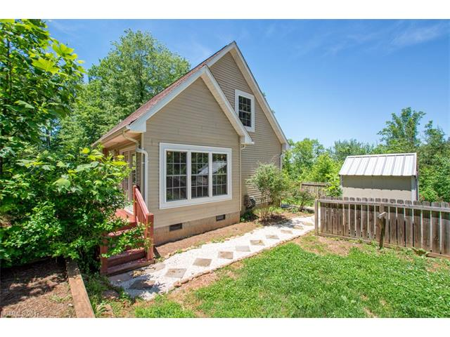 Photo of 124 Sleepy Forest Drive  Leicester  NC