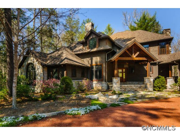 2.64 acres in Lake Toxaway, North Carolina