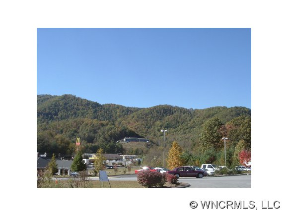 206 acres in Waynesville, North Carolina