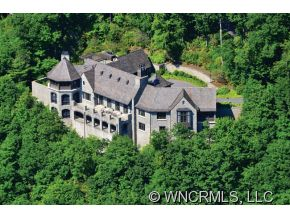 2.77 acres in Lake Toxaway, North Carolina