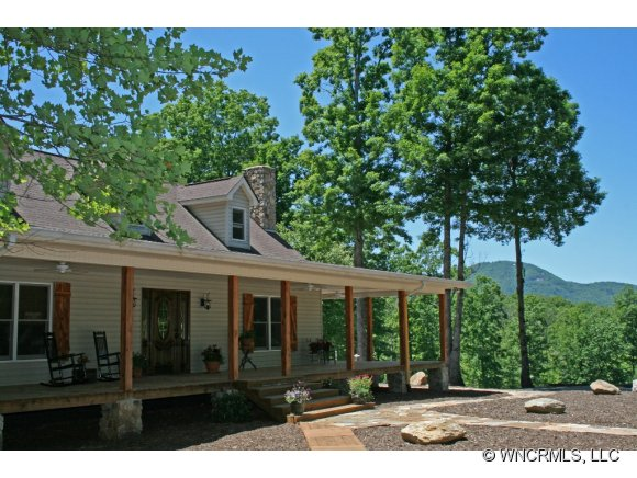 7.95 acres in Lake Lure, North Carolina