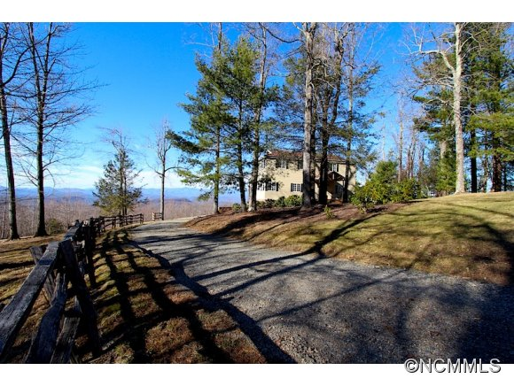 5.1 acres in Rosman, North Carolina