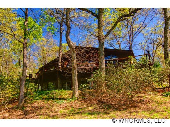 4.75 acres in Fairview, North Carolina