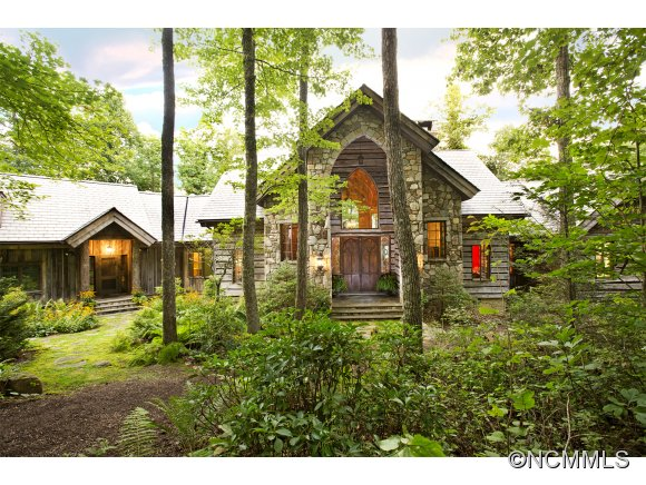 19 acres in Lake Toxaway, North Carolina