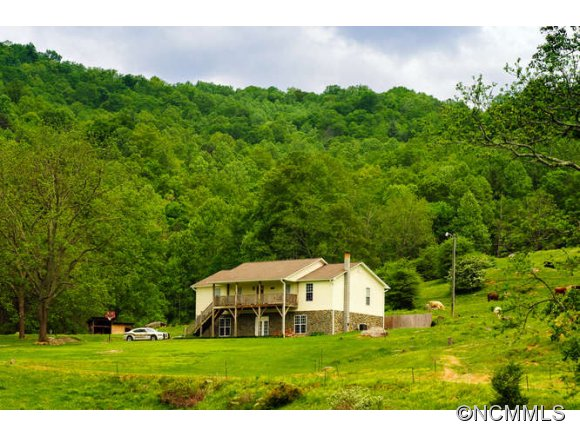 742 acres in Barnardsville, North Carolina