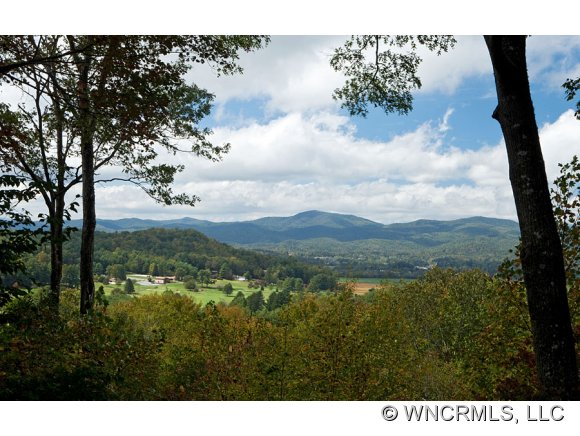 5.27 acres in Pisgah Forest, North Carolina