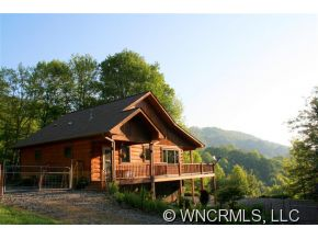 17 acres in Hot Springs, North Carolina