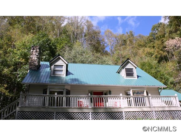 13.8 acres in Hot Springs, North Carolina