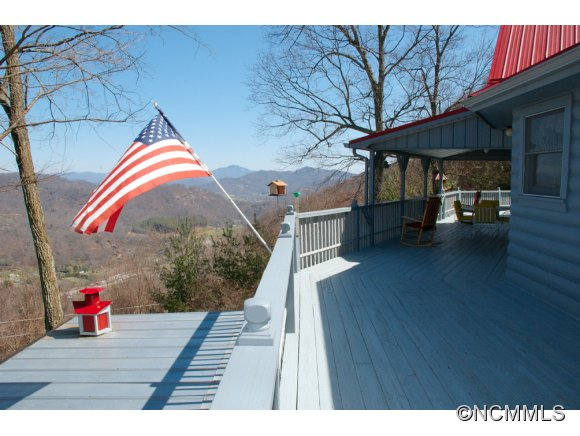 2.35 acres in Maggie Valley, North Carolina
