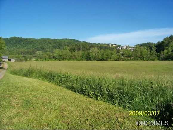 109 acres in Weaverville, North Carolina