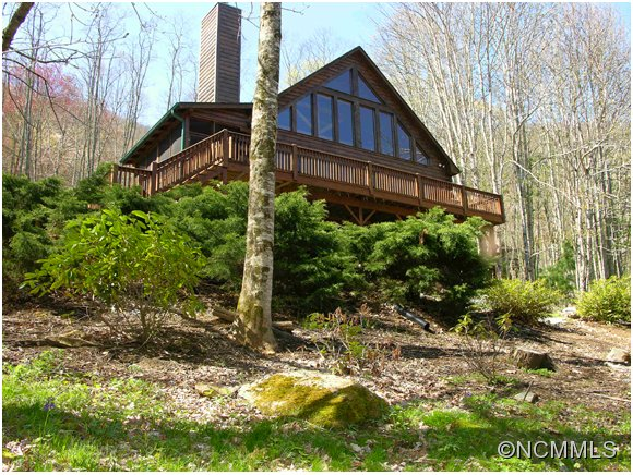 2.05 acres in Maggie Valley, North Carolina