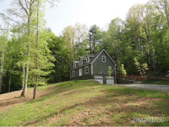 285 HANNAHS WAY, Mars Hill, NC 28754