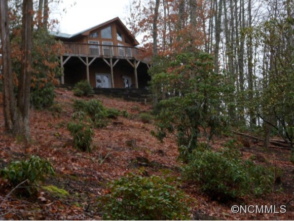 3.71 acres in Tuckasegee, North Carolina