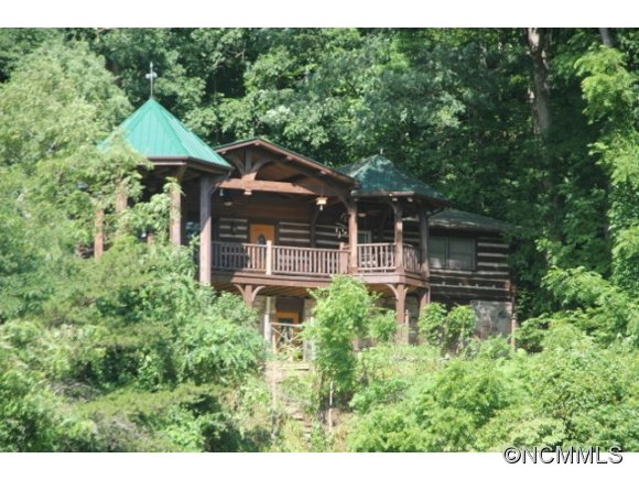 4.76 acres in Waynesville, North Carolina