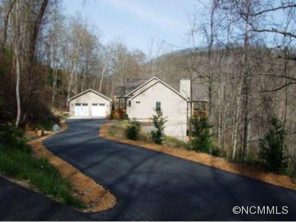 2.07 acres in Cullowhee, North Carolina