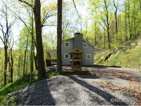 3.2 acres in Black Mountain, North Carolina