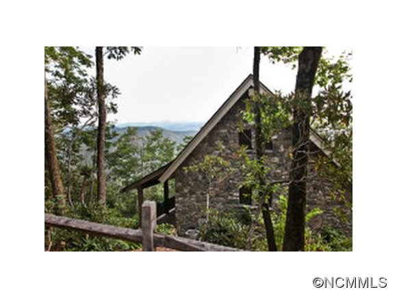 2.14 acres in Black Mountain, North Carolina